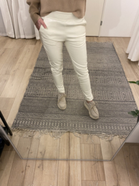 Leatherlook jog pants 2.0 Rebelz - off white