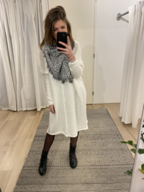 Knitted wide pull dress - off white