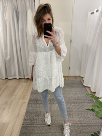 Embroidery tunic - white