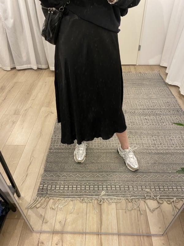 Satin skirt - black
