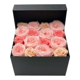 Flower Box ETERNAL ROSES
