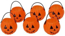 Halloween pompoenbakjes