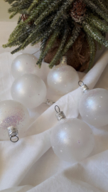 Nostalgische witte matte kerstballen
