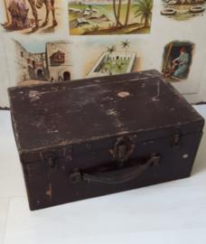 Oude houten bruine kist.