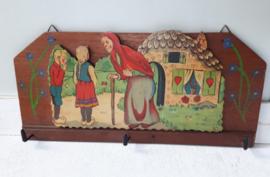 Antiek kinderkapstokje, Hans en Grietje