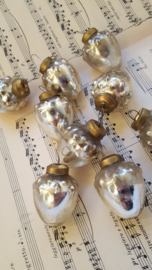 Kleine brocante kerstballetjes
