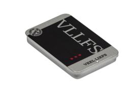 Blikje met vaste opdruk: VLLFS!