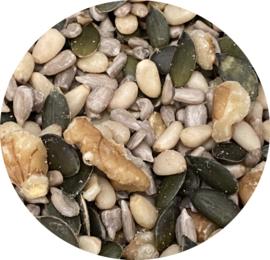 2 potjes Luxe pittenmix voor door de salade (lees de omschrijving)