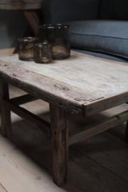 Oud houten salontafel 76,5 cm