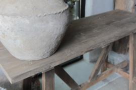 Oud houten sitetable Aura Peeperkorn