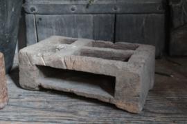 Oud houten bakje