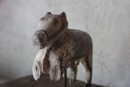 Oud houten paardje