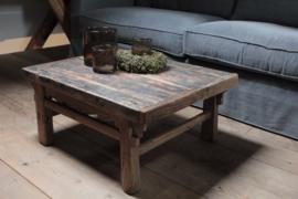 Oud houten salontafel 70,5 cm