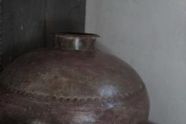 Metalen waterkruik