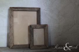Oud houten fotolijst S