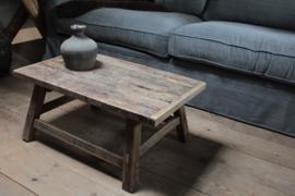 Oude salontafel 75 cm