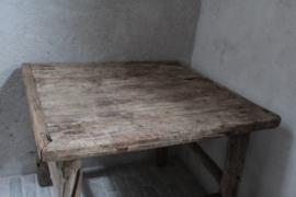 Oud Chinees tafeltje