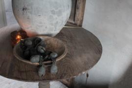 Oude wijntafel