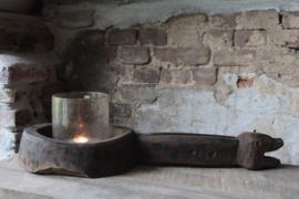 Oude houten 'schep' Aura Peeperkorn