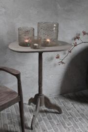 Oud houten wijntafeltje