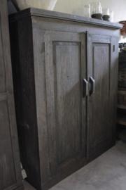 Houten kast 2 deurs