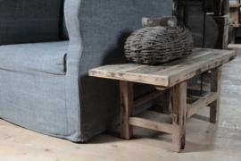 Oude houten salontafel 83 cm
