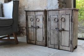 Nachtkastjes oud hout