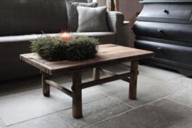 Oud houten salontafel 93 cm