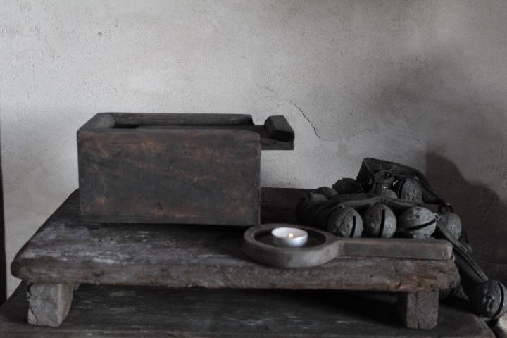 Oude houten spicebox