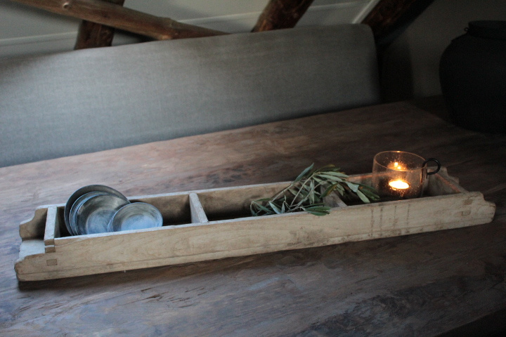 Oude houten baksteenmal