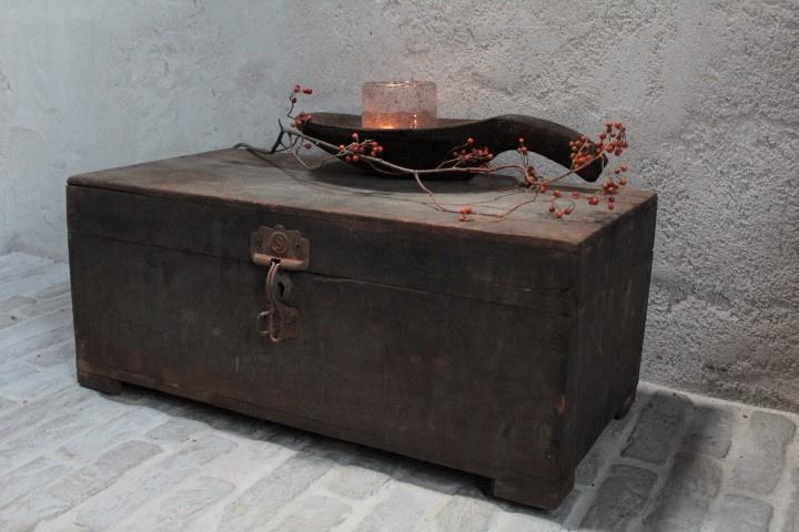 Oude houten kist