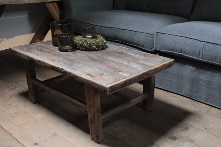Oud houten salontafel 89,5 cm
