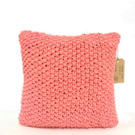 Hoooked kussen - Fluor roze