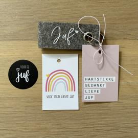Sleutelhanger: Juf, mini kaartje en sticker