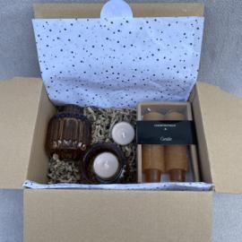 Kado-pakketje: candle brown