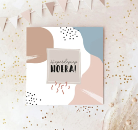 Dubbele postcard, incl envelop: Hieperdepiep HOERA!