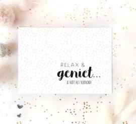 Postcard: relax en geniet, je hebt het verdiend