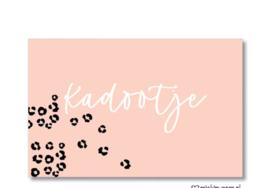 mini kaartje: kadootje (roze)