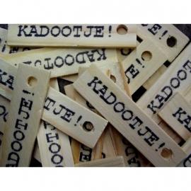 Kado labels