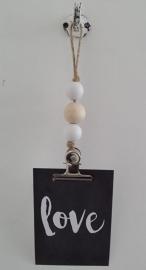kaarten/poster hanger, 1 naturel en 2 witte houten kralen, grote klem