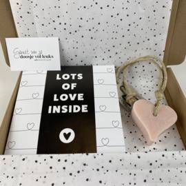 Doosje vol leuks: lot's of love