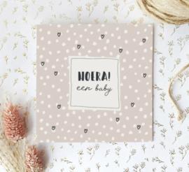 Dubbele postcard incl envelop: HOERA! een baby
