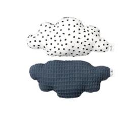Rammelaar wolk, wit met zwarte stippen & jeans blauw