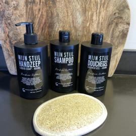 Kadopakketje zeep, shampoo, douchegel & scrub pad