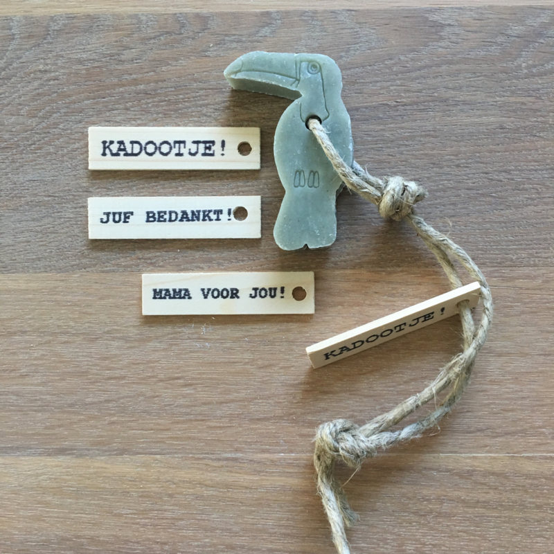 Zeephanger Toekan, groen, inclusief houten labeltje