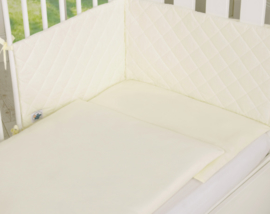 Bedrand quilt beige