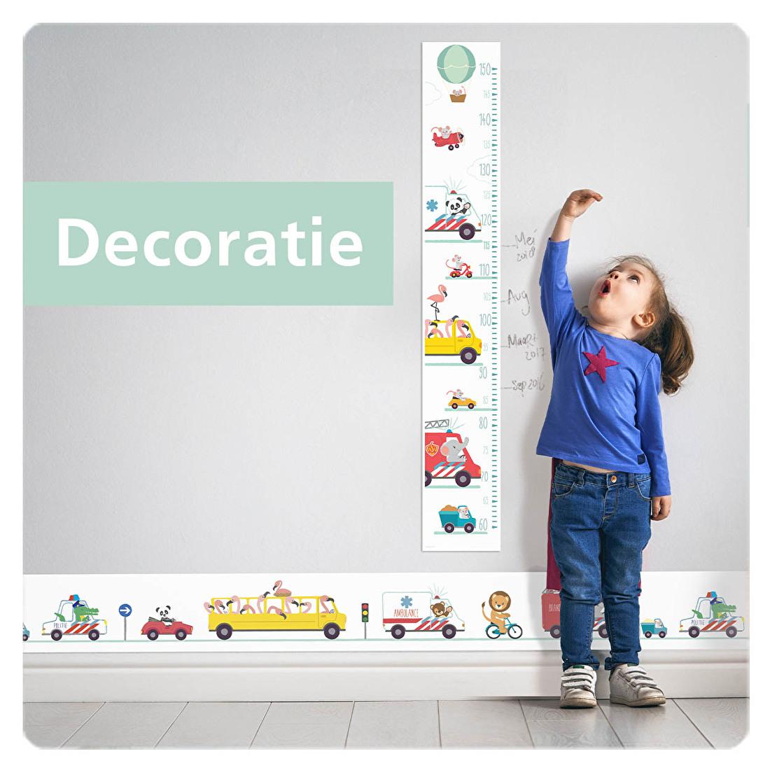 Kinderkamer decoratie meetlat behangranden