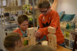 DE/Deutsch / Holzroboter Bausatz