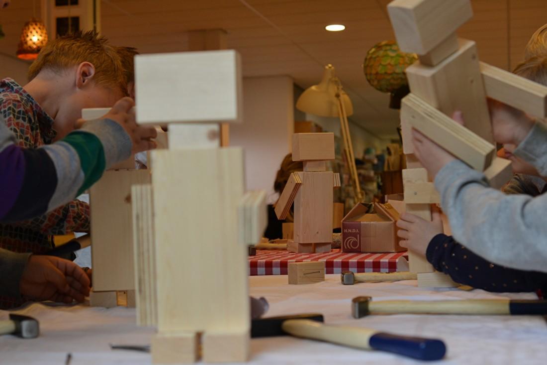 Kindergeburtstag Bausatz Holz Robotern