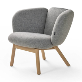 Artifort fauteuil Bras Easy chair 4 poot hout